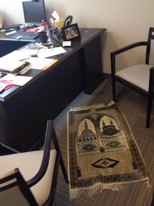 Au travail archives je prie partout - Travailler dans un bureau ...