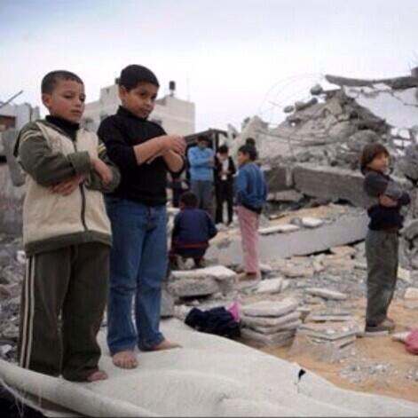 Au milieu des décombres en Syrie