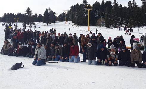 A la montagne, à proximité des pistes de ski