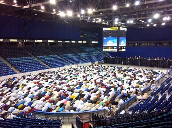 Prière de l'Aid au CUC de Saskatoon au Canada