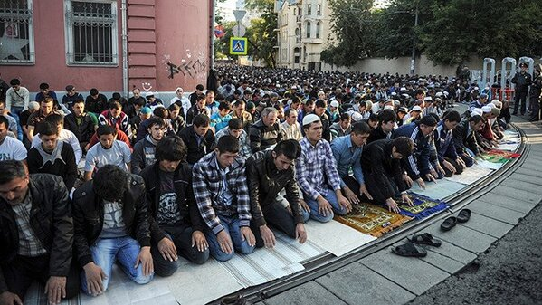 Prière de rue en Russie
