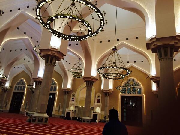 Salat al-Fajr dans une mosquée de Doha, au Qatar