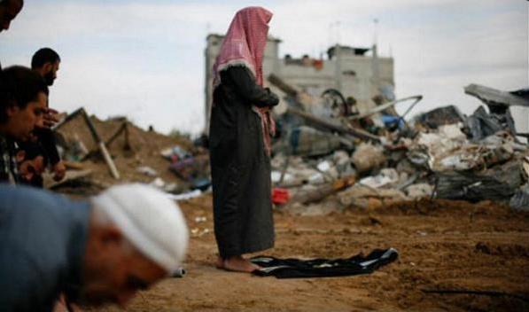 Au milieu des décombres à Gaza, Palestine