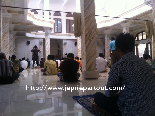 prière indonésie mosquée