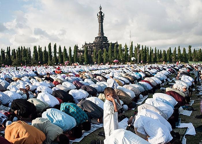 prière à Bali