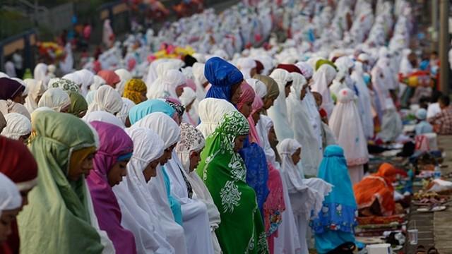 Eid Al-Fitr à travers le monde